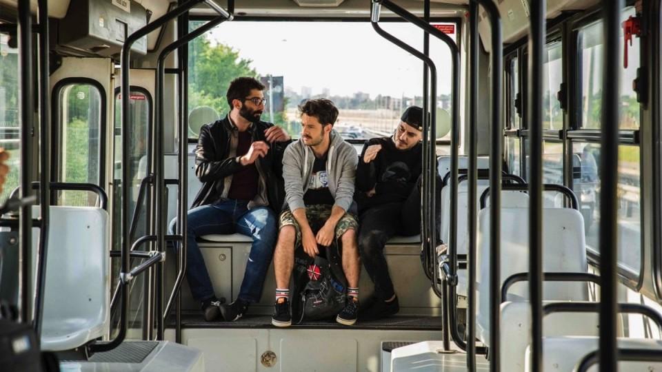The Pills - Sempre Meglio Che Lavorare:  Teaser Trailer (Gianni Morandi)