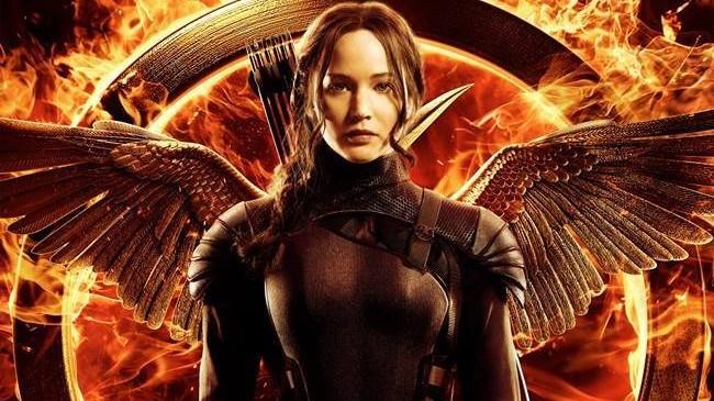 HD - Hunger Games - Il Canto della Rivolta - Parte 1: Trailer - Ritorno al Distretto 12